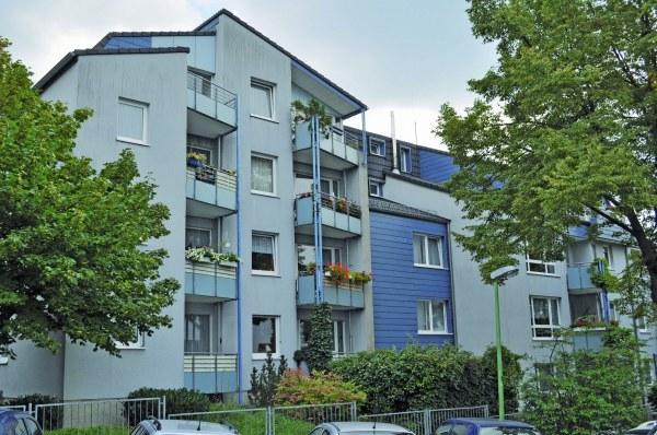 Seniorenwohnungen Esmarchstraße
